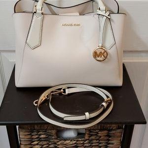 Michael Kors  Kimberly large satchel